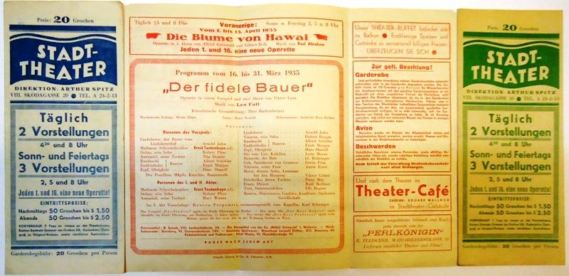 3 Faltbroschüren / Programmzettel des Jahres 1935.