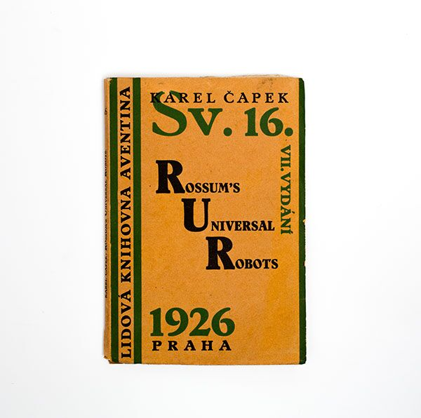 Sammlung in 9 Bänden mit Einbänden gestaltet von Josef Capek. Collection of 9 covers designed by Josef Capek.